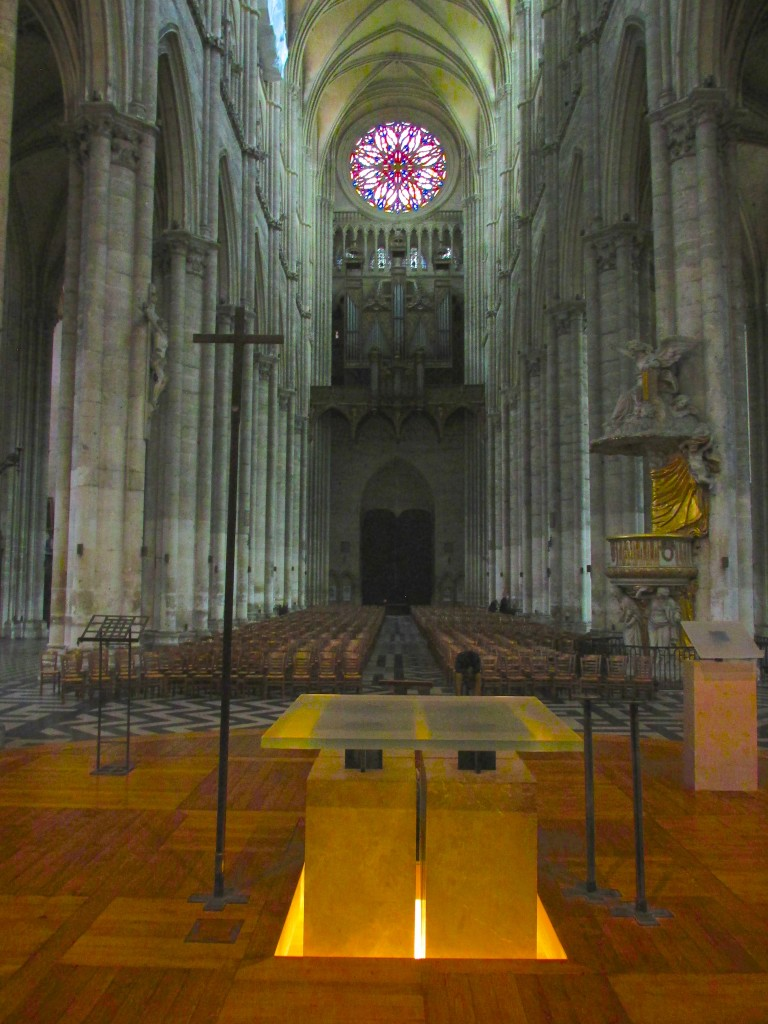 15.02.19 Amiens Nave West From Altar