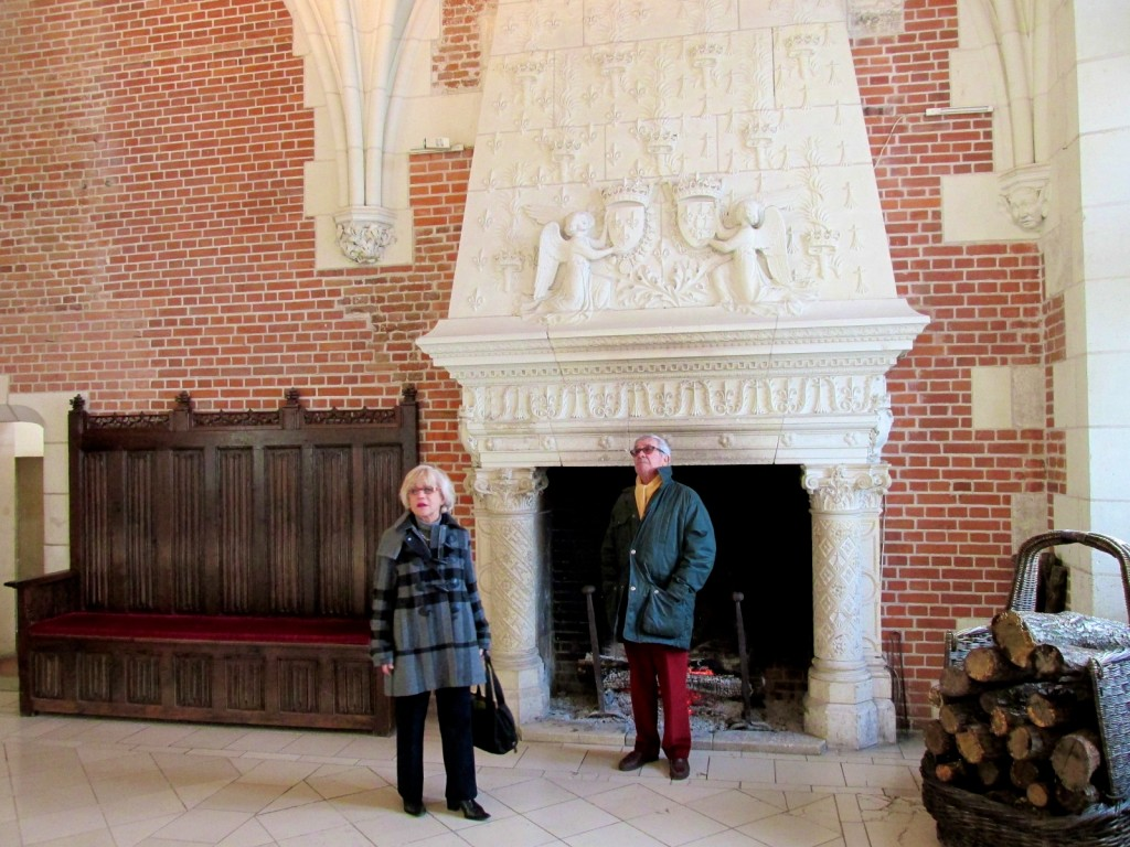 15.02.24 Amboise Council Chamber Hearth