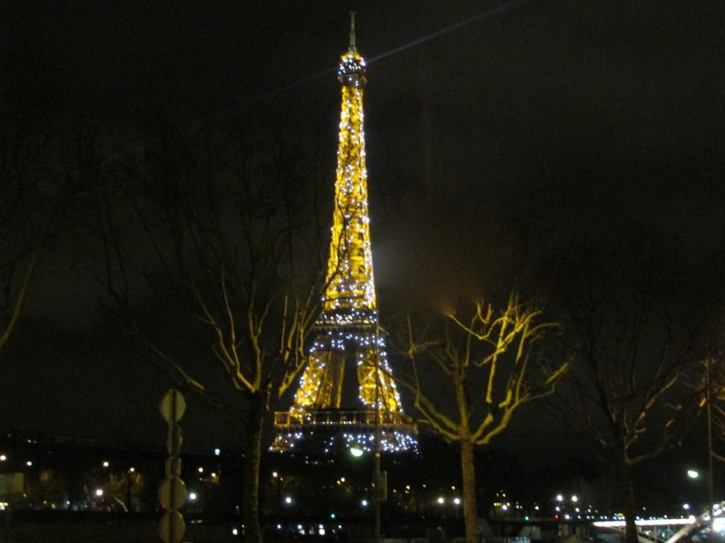 15.02.26 Eiffel Tower 11 pm