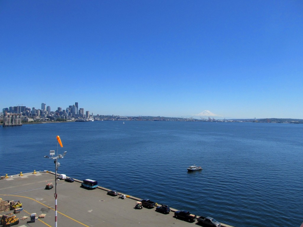 06.07.15 Seattle with Mt Ranier