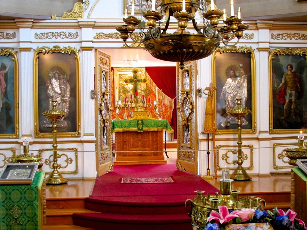 06:11:15 Sitka Russian Orthodox Cathedral Holy Doors6
