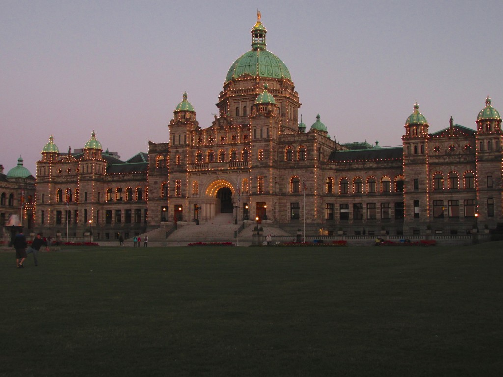 06:13:15 Victoria Parlament at Night 2
